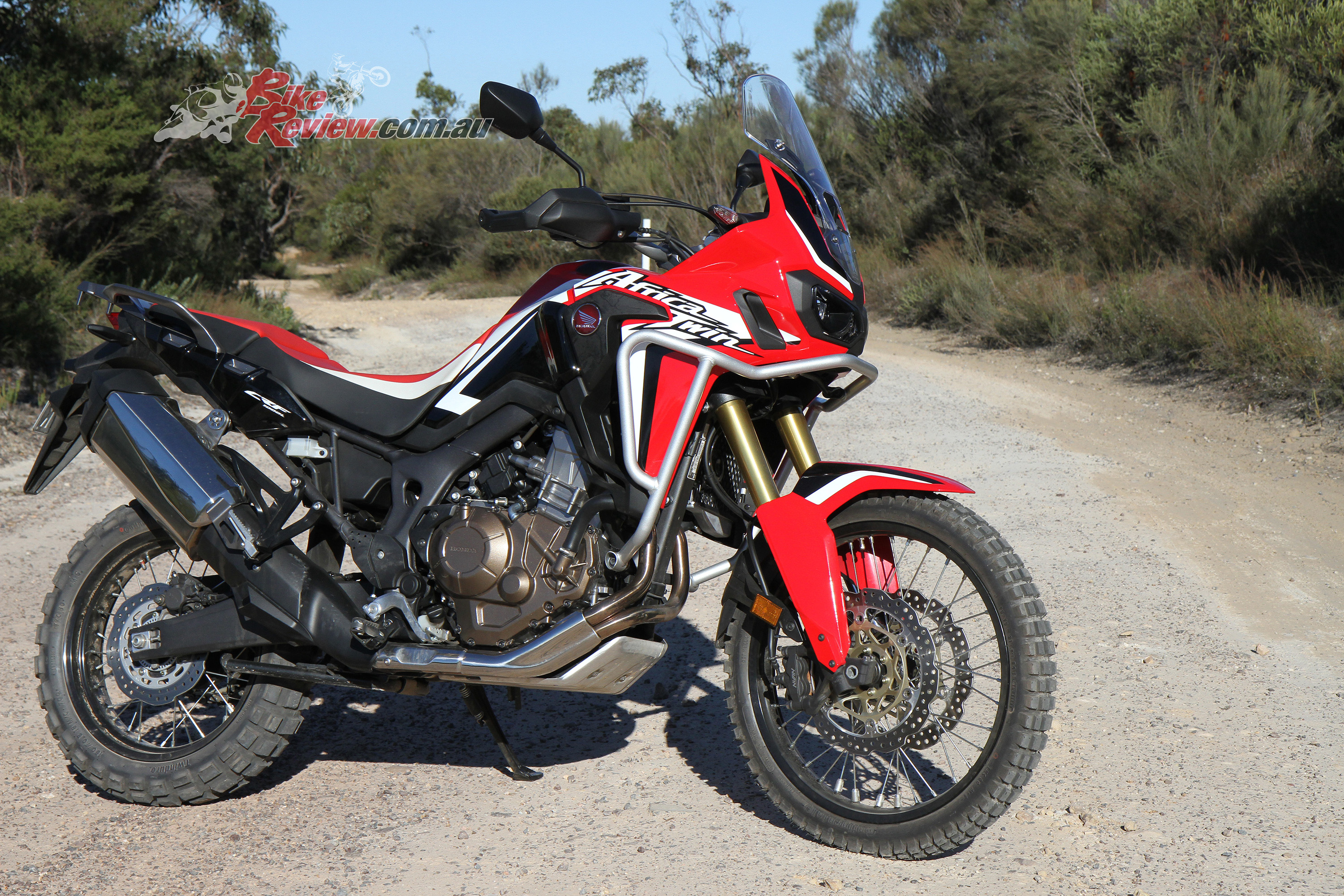 review 2016 honda crf1000la africa twin bike review. Black Bedroom Furniture Sets. Home Design Ideas
