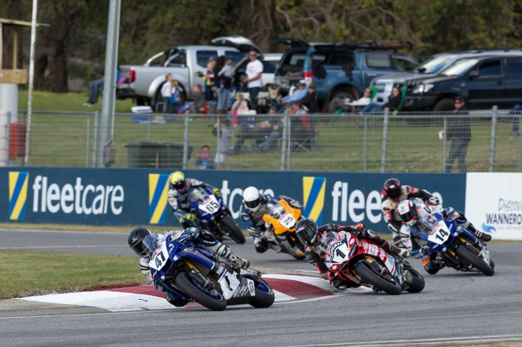 Maxwell snatches up Superbike championship lead and Round 4 victory in Western Australia