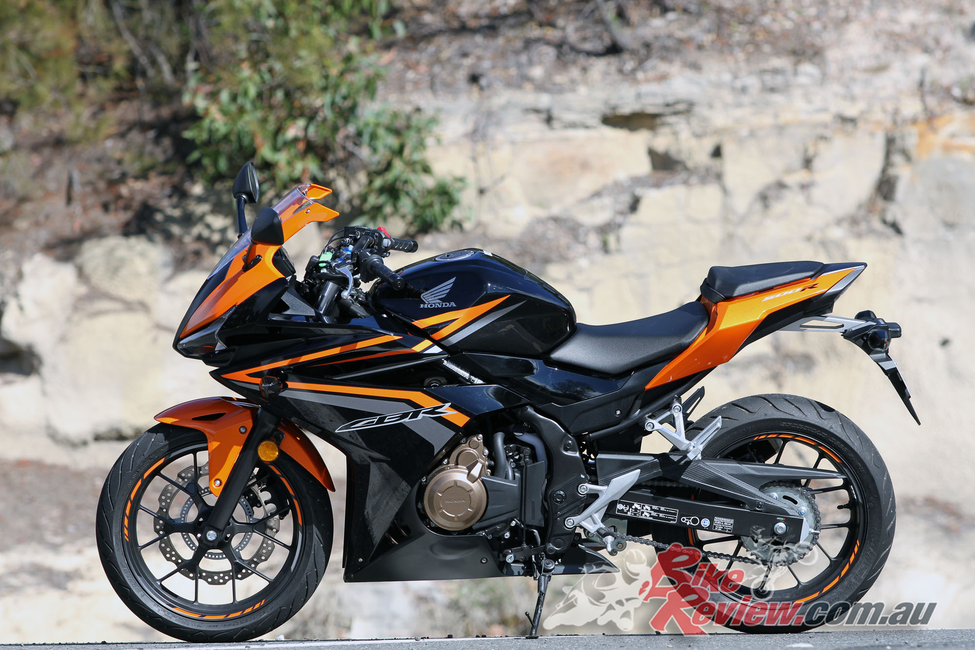 Review: 2016 Honda CBR500R - Bike Review