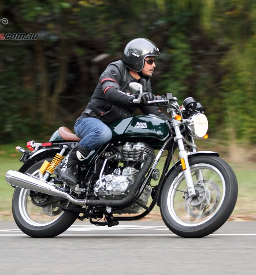 2016 Royal Enfield Continental GT Bike Review (15)