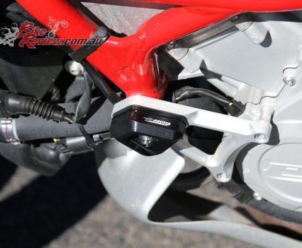 2016 MV Agusta Turismo Veloce Lusso 800 - Bike Review (35)