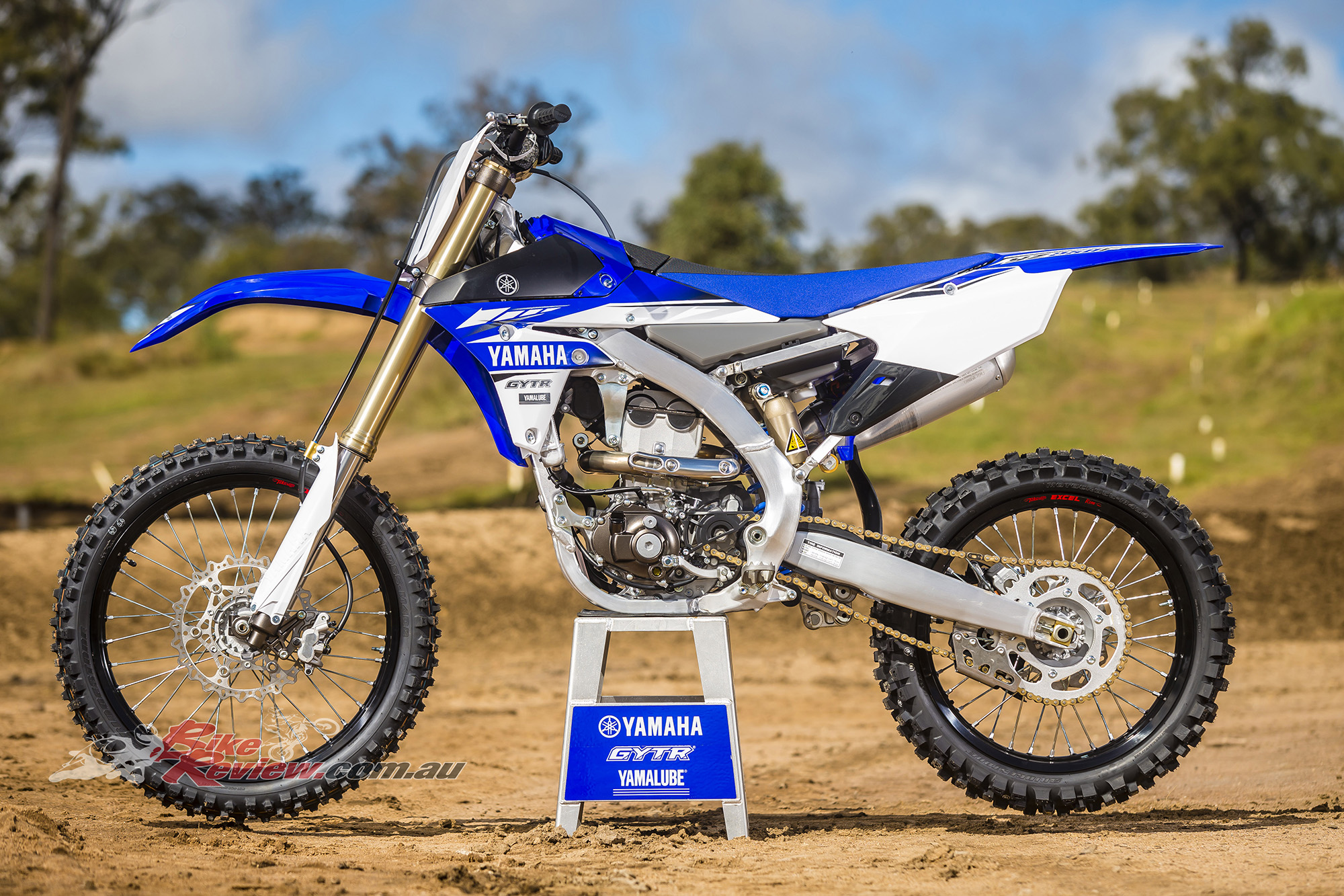Honda Riding Gear >> 2017 Yamaha YZ250F, Major Revisions - Bike Review