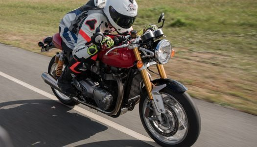 Video Review: Triumph Thruxton R