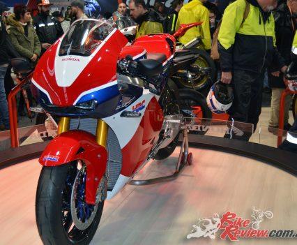 2016-MotoGP-Phillip-Island-Bike-Review-(13)
