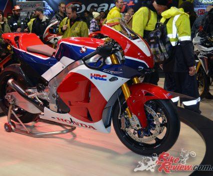 2016-MotoGP-Phillip-Island-Bike-Review-(14)