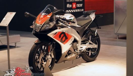 2017 Aprilia Tuono 125 & RS125 at Intermot