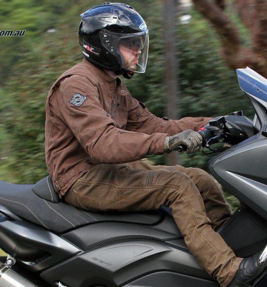 DriRider Scrambler jacket - brown, HJC FG-Jet helmet, DriRider Scrambler gloves, DriRider Rapid Jeans