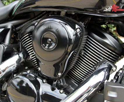 2017 Kawasaki Vulcan 900 Classic - Liquid-cooled 903cc four-stroke V-Twin, SOHC, four valves per cylinder, dual 34mm throttle-bodies