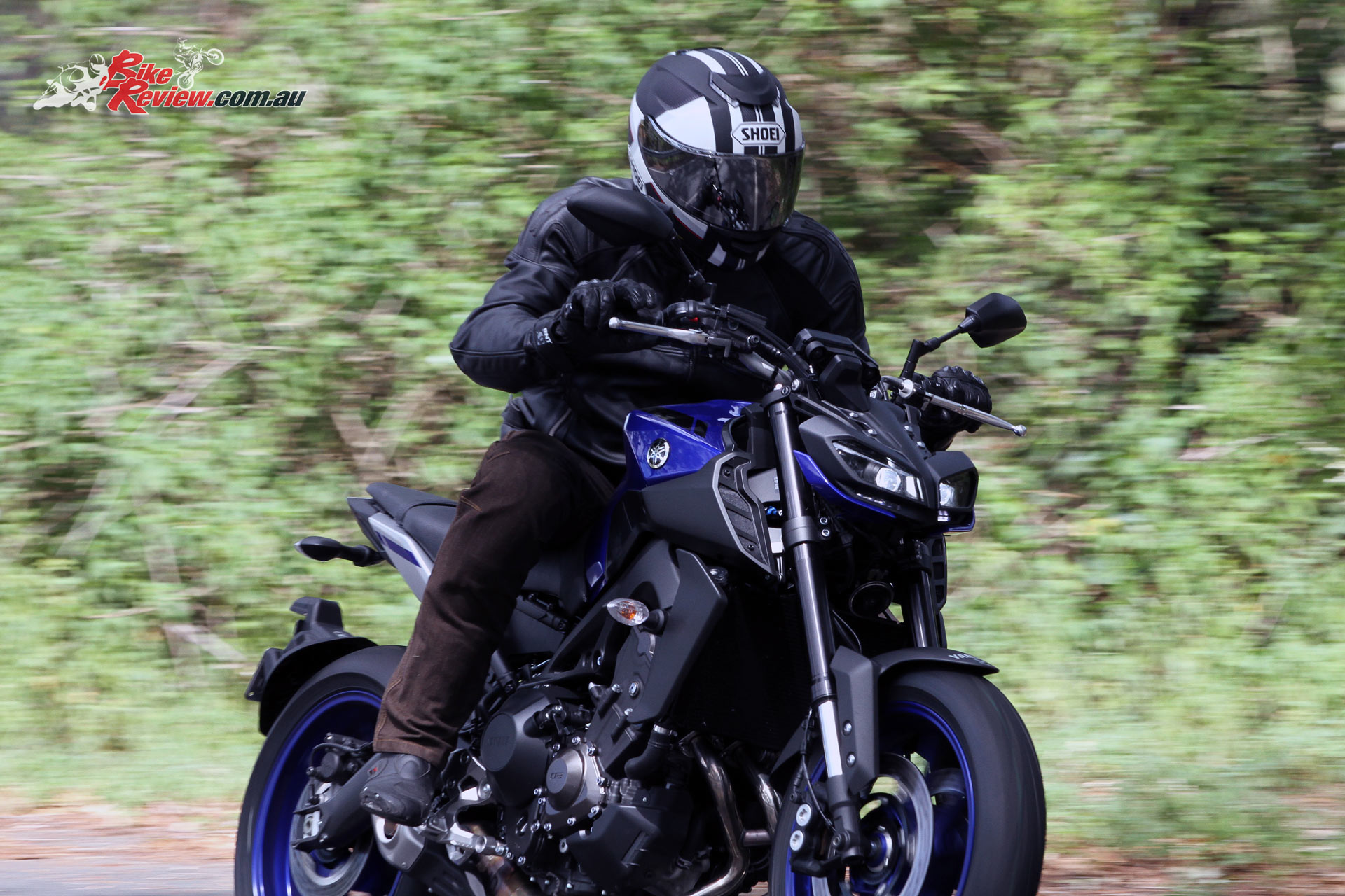 111020-2021-Yamaha-MT-09-SP_Raven_A02 - Motorcycle.com