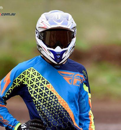 M2R X4 helmet