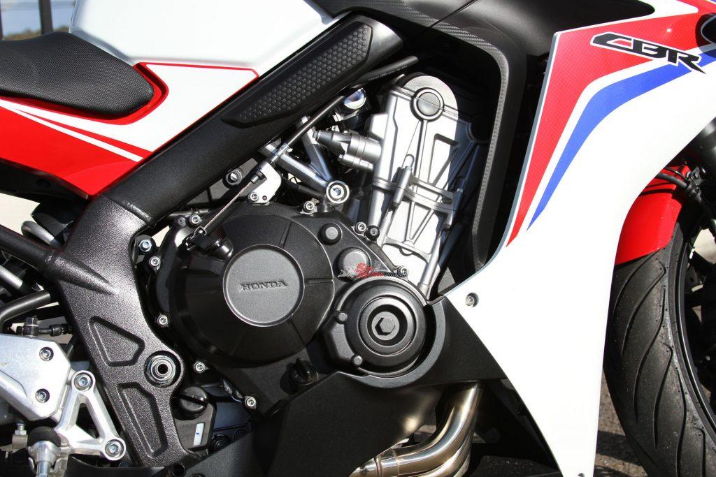 Honda CBR650F Powerplant