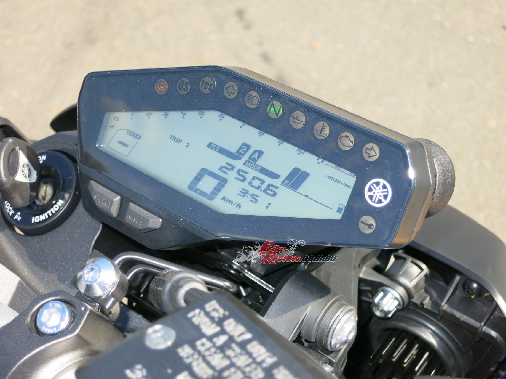 Review: 2017 Yamaha MT-09 - Bike Review