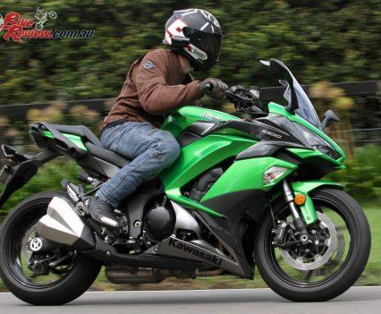 2017 Kawasaki Ninja 1000 - Stable with linear acceleration, the Ninja makes for a fun all-rounder