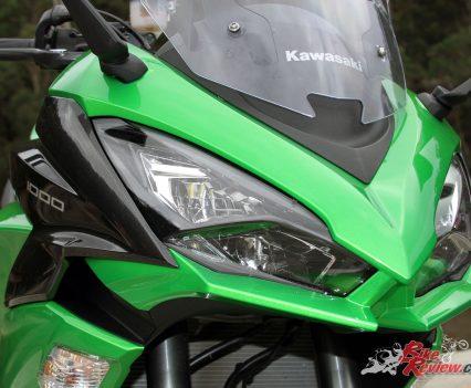 2017 Kawasaki Ninja 1000 - Sporty front end with new LED lights