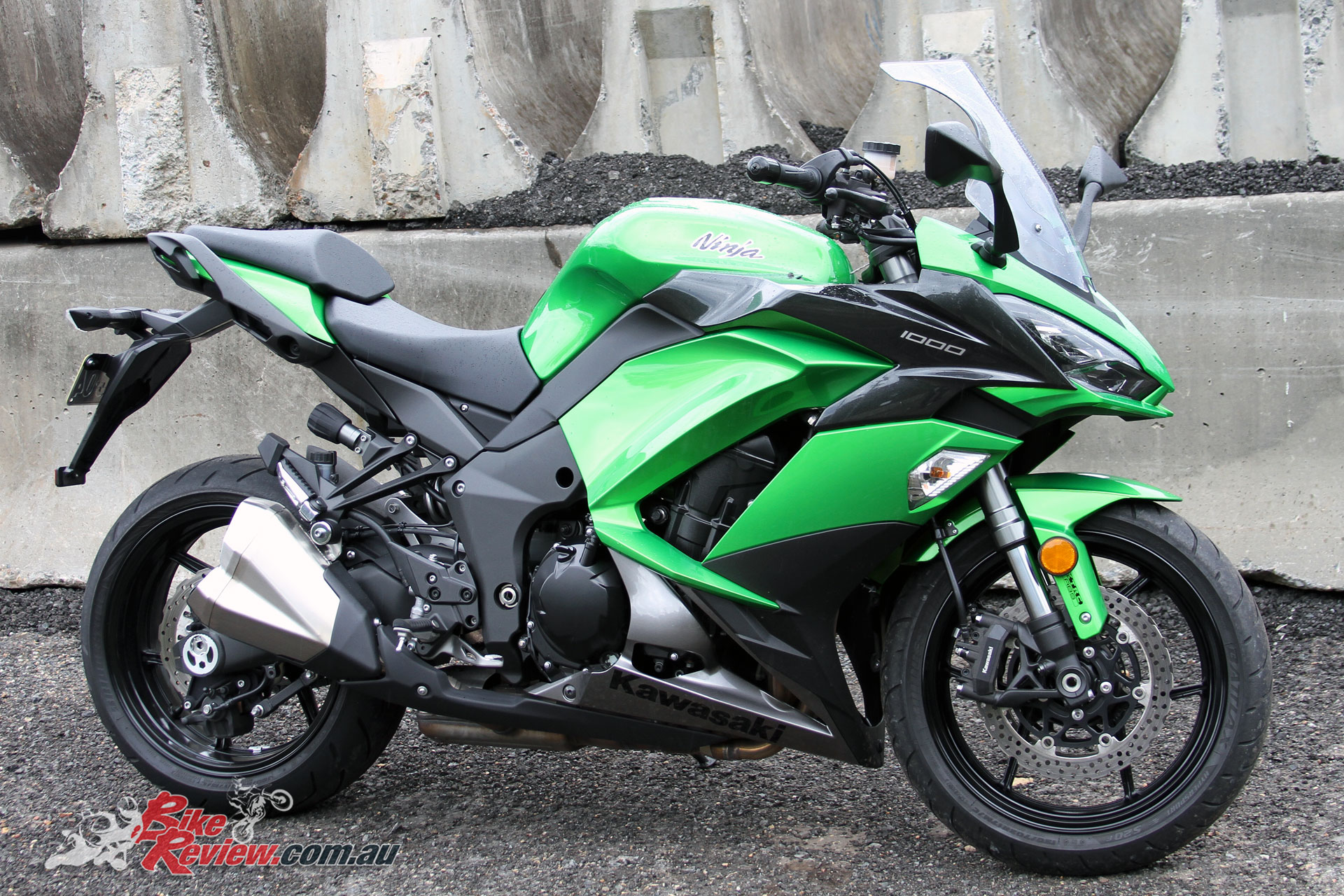 Kawasaki Ninja Review
