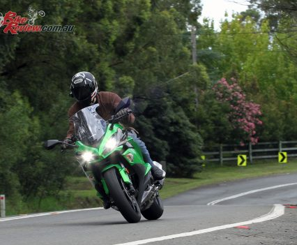 2017 Kawasaki Ninja 1000 - Long distance trips are definitely not a problem, with a comfortable seat offering plenty of room to move around on