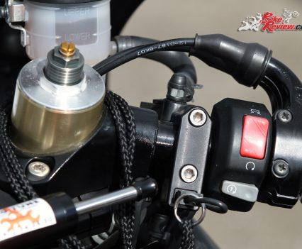 Custom Pro-Tune nine-second Kawasaki ZX-14 - Kill switch from Schnitz Racing