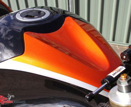 Custom Pro-Tune nine-second Kawasaki ZX-14 - Manuel designed the paintwork himself