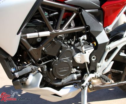 2017-MV-Agusta-Turismo-Veloce-Lusso-Bike-Review-23