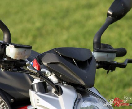 2017-MV-Agusta-Brutale-800-Bike-Review-19