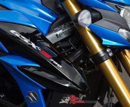 2017-Suzuki-GSX-S750-Bike-Review-012