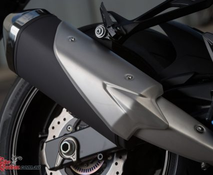 2017-Suzuki-GSX-S750-Bike-Review-021