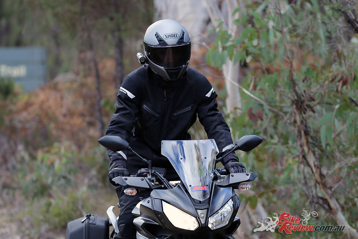 The Shoei RYD helmet fitted with an Adaptive Transition visor