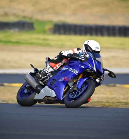 Bike Review Test 2017 YZF R620170803_1903
