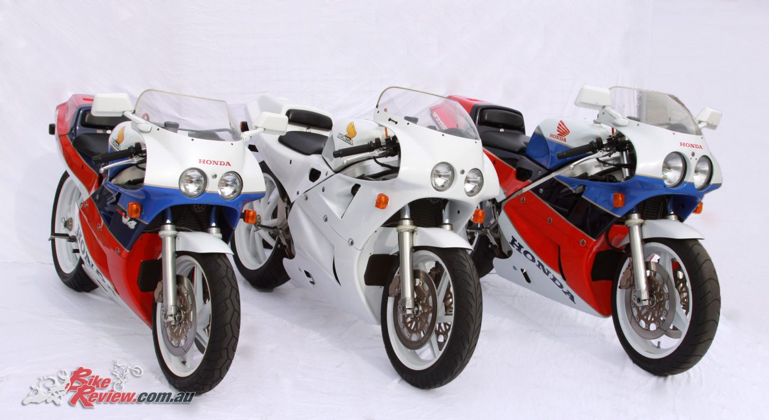 These VFR750R RC30s are part of a private collection, check out motogallur.com to see more of the motorcycles in the collection