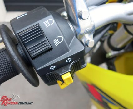 DR-Z400E left switchblock