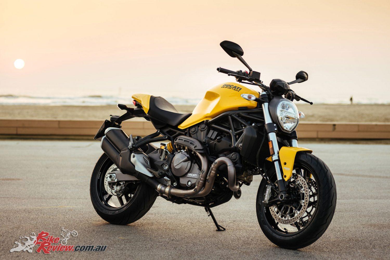 Ducati Monster 821 >> Ducati unveil 2018 Monster 821 for Monster's 25th Anniversary - Bike Review
