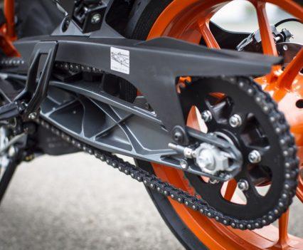 2017 KTM RC 390 swingarm and rear sprocket