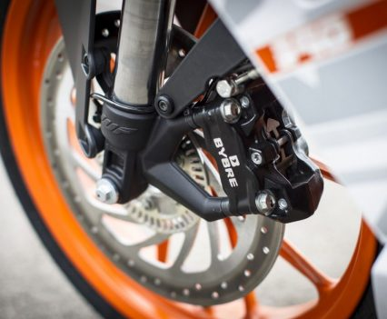 2017 KTM RC 390 single 320mm rotor and four-piston caliper