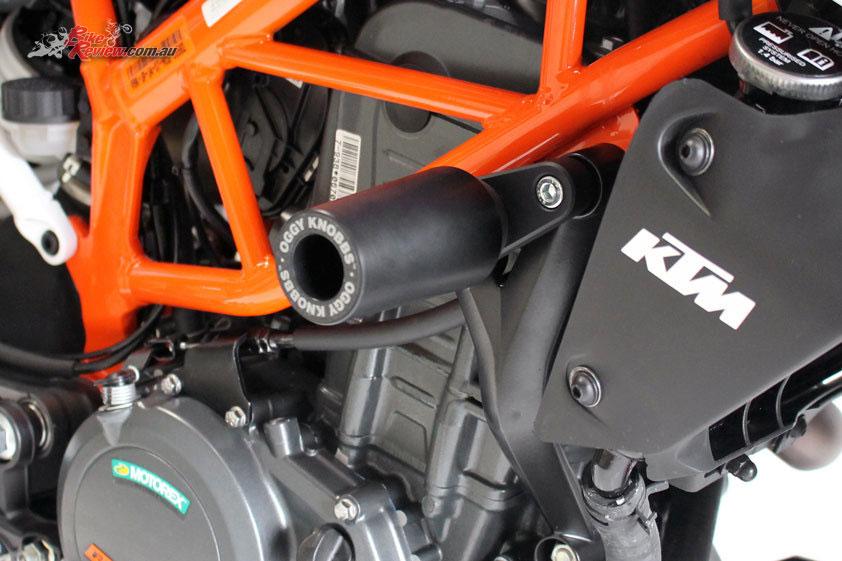 Oggy Knobbs for the 2017 KTM Duke 390