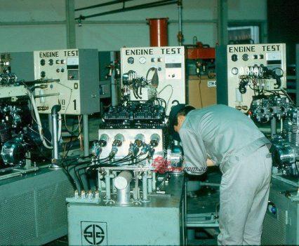 BikeReview Z1 History Production Z900 (25)
