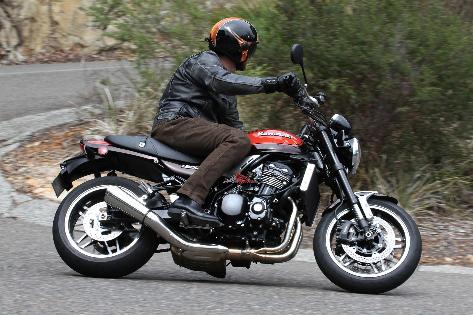 Review: 2014 Yamaha MT-07 LAMS Australian Launch - Bike Review