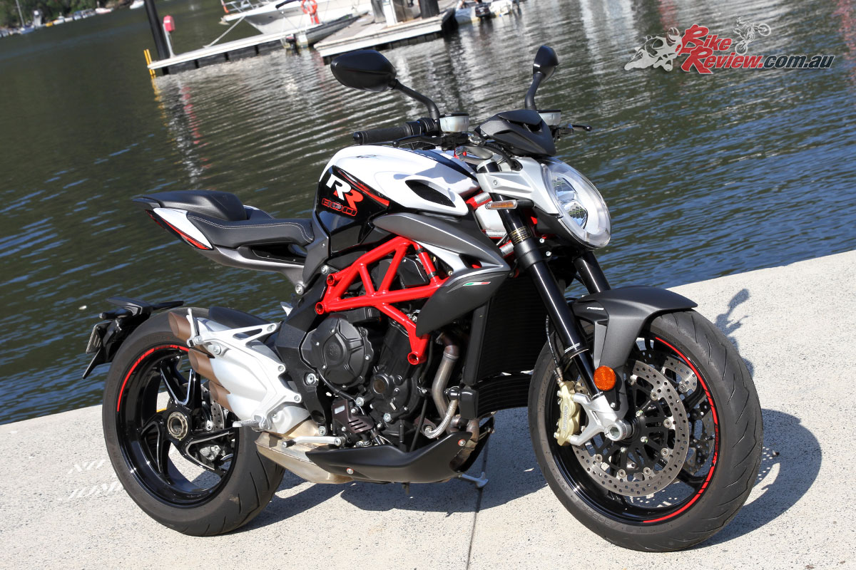 review 2018 mv agusta brutale 800 rr bike review. Black Bedroom Furniture Sets. Home Design Ideas