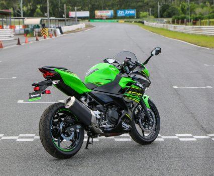 BikeReview Ninja 400 Launch (12)