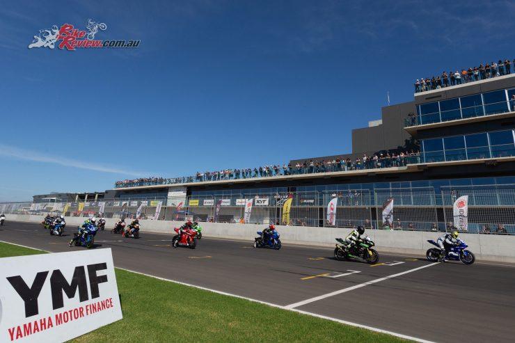 Supersport 600 Race 3 start