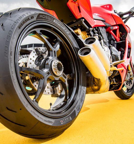 Pirelli's Diablo Rosso Corsa II tyre