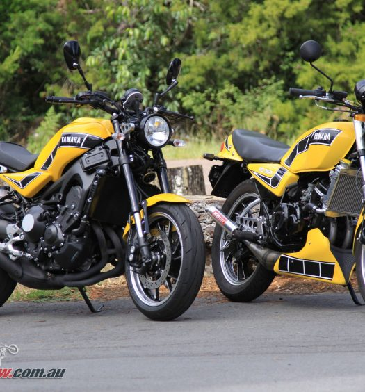 The 2018 Yamaha XSR900 'Kenny Roberts RD900LC' alongside Pommie's restored 1981 RD350LC