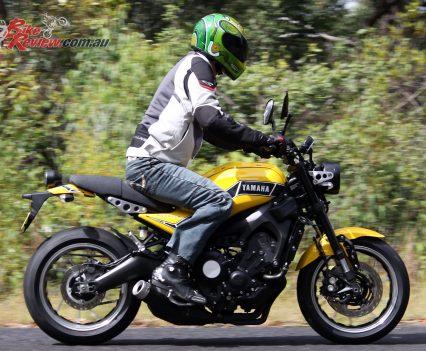 Yamaha XSR900 'RD900LC Kenny Roberts'
