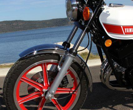 1976-Yamaha-RD400-Bike-Review-6917