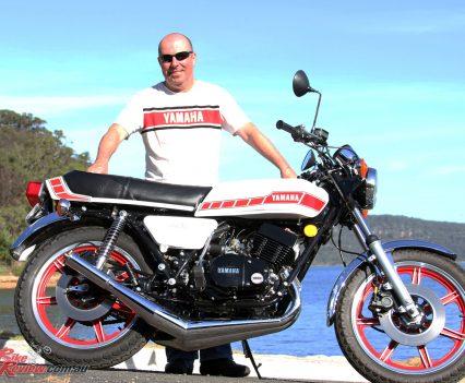 1976-Yamaha-RD400-Bike-Review-7012