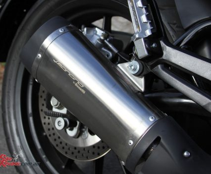 Leoncino on the exhaust