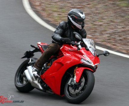 2018-Ducati-Supersport-S-Bike-Review-6243