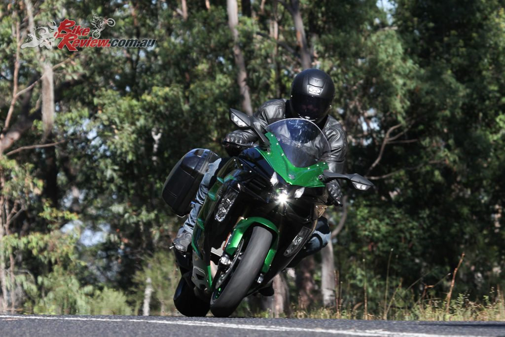 The H2 SX SE is a really capable cornering bike for such a big machine. It also eats up the highway miles in comfort thanks to cruise control, a tall screen and lots of room for rider and pillion...