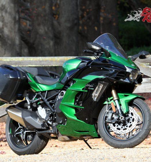 2018-Kawasaki-Ninja-H2-SX-SE-BikeReview-HMC-1043