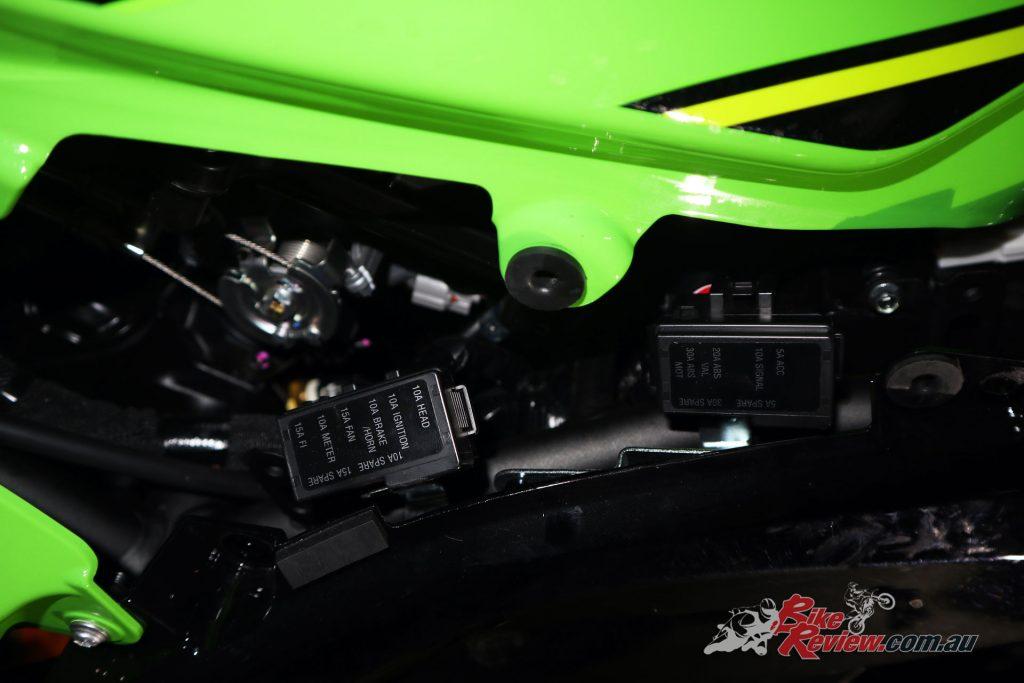 Fuse Box On Kawasaki Ninja - Wiring Diagram M2 Kawasaki Hp Wiring Diagram on