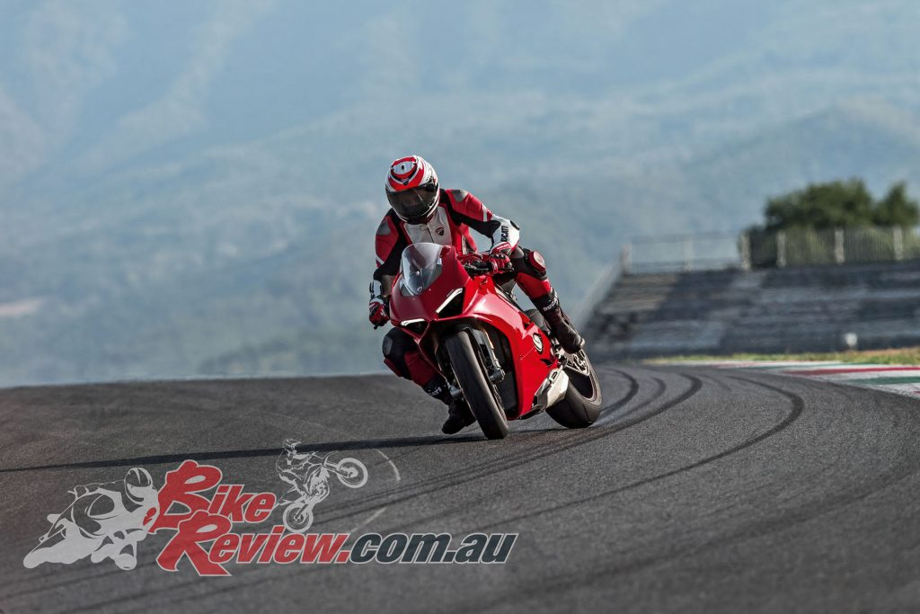 BikeReview Panigale V4 S (11)